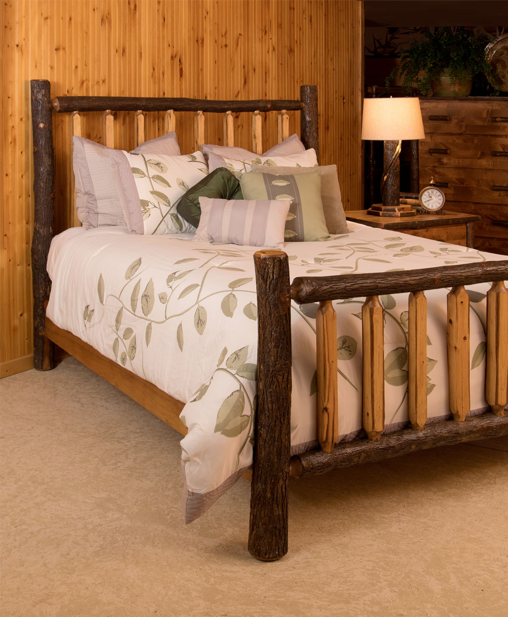 Amish Lumber Jack Shaved Spindle Bed