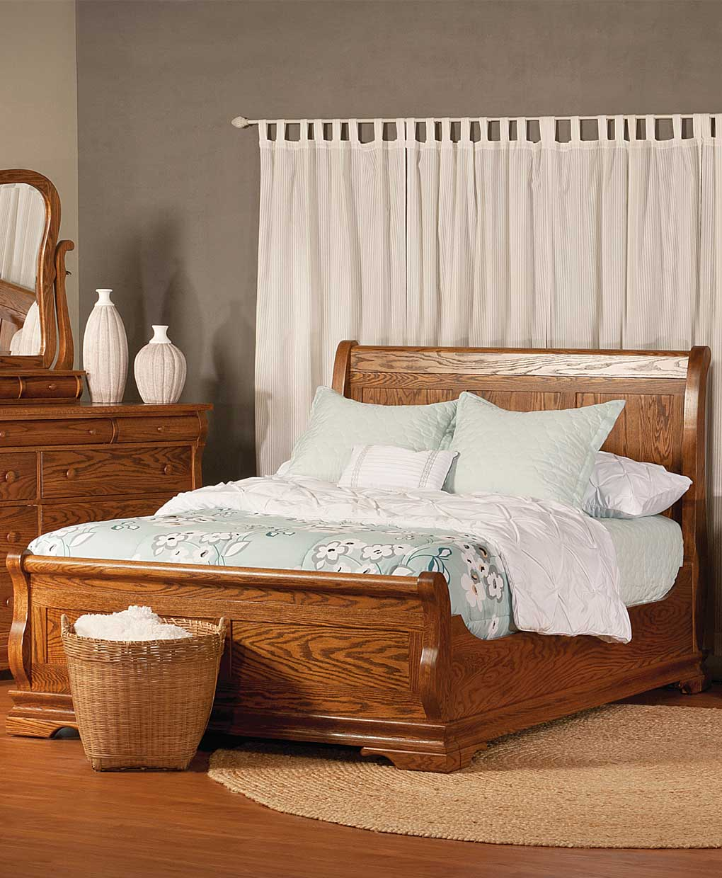 storage s furniture daniel trim bedroom belfort item lewiston bed lewistonqueen amish height threshold queen products width