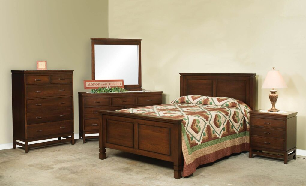 Lynndale Bedroom Collection