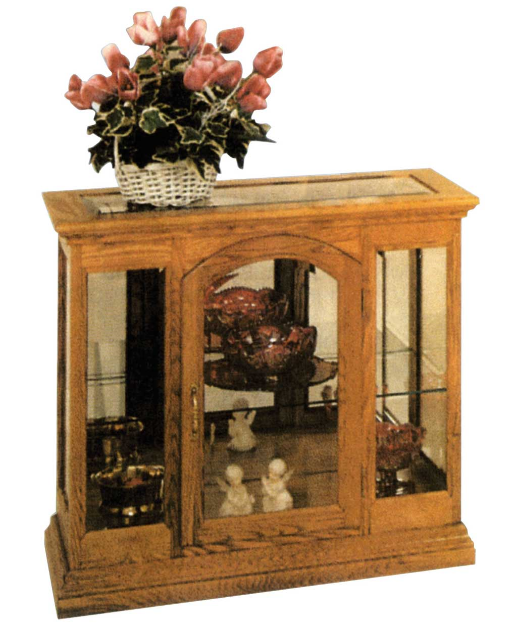 Curio Cabinet With A Beveled Glass Inlay [LM738]