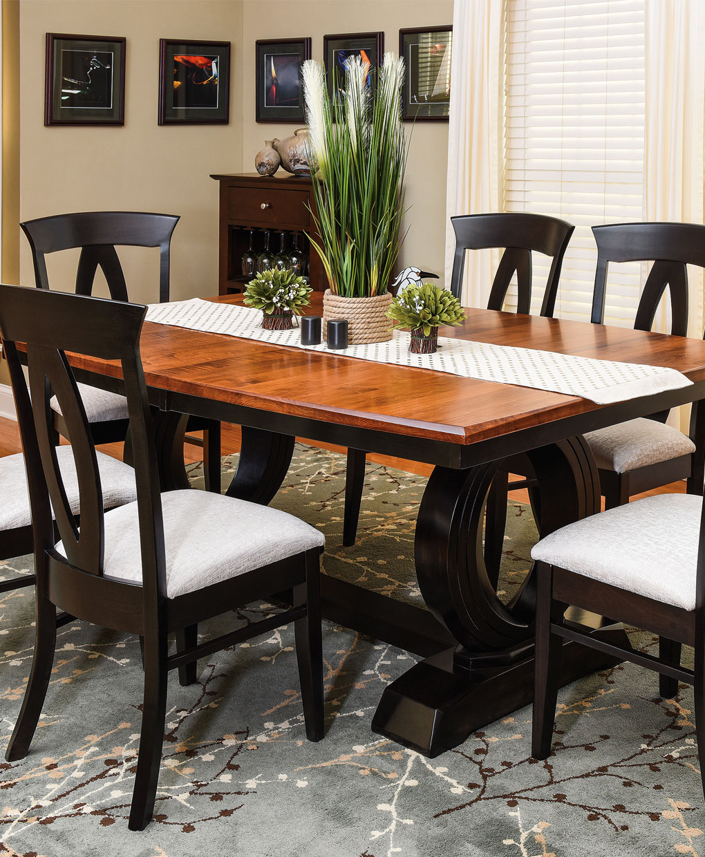 Saratoga Amish Treslte Table Set