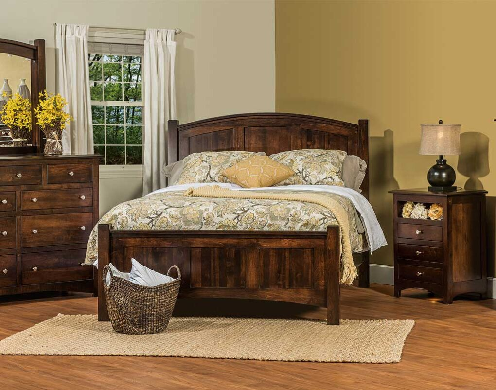 Finland Amish Bedroom Set