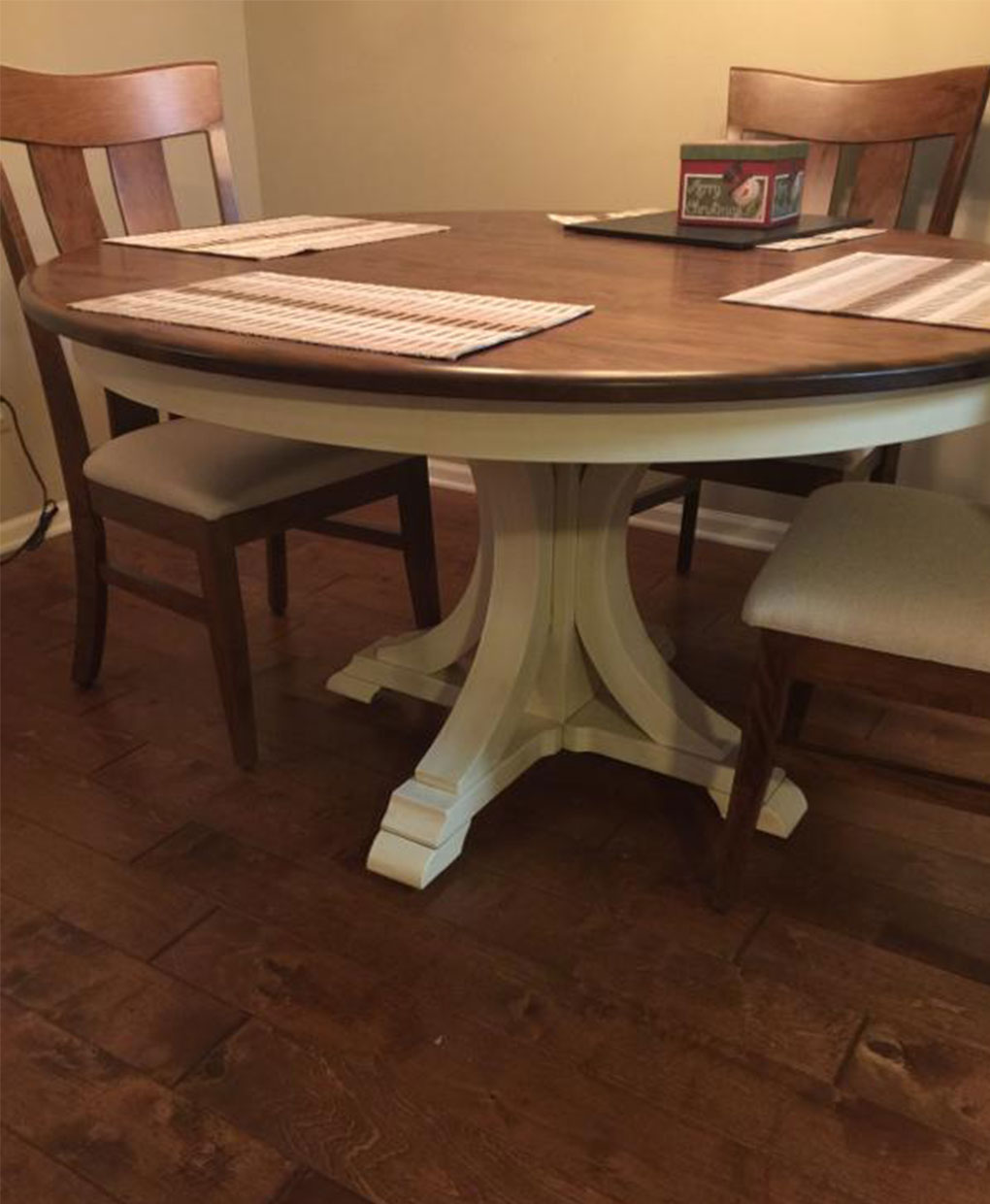 Buckeye pedestal table amish direct furniture for Pedestal dining table and chairs