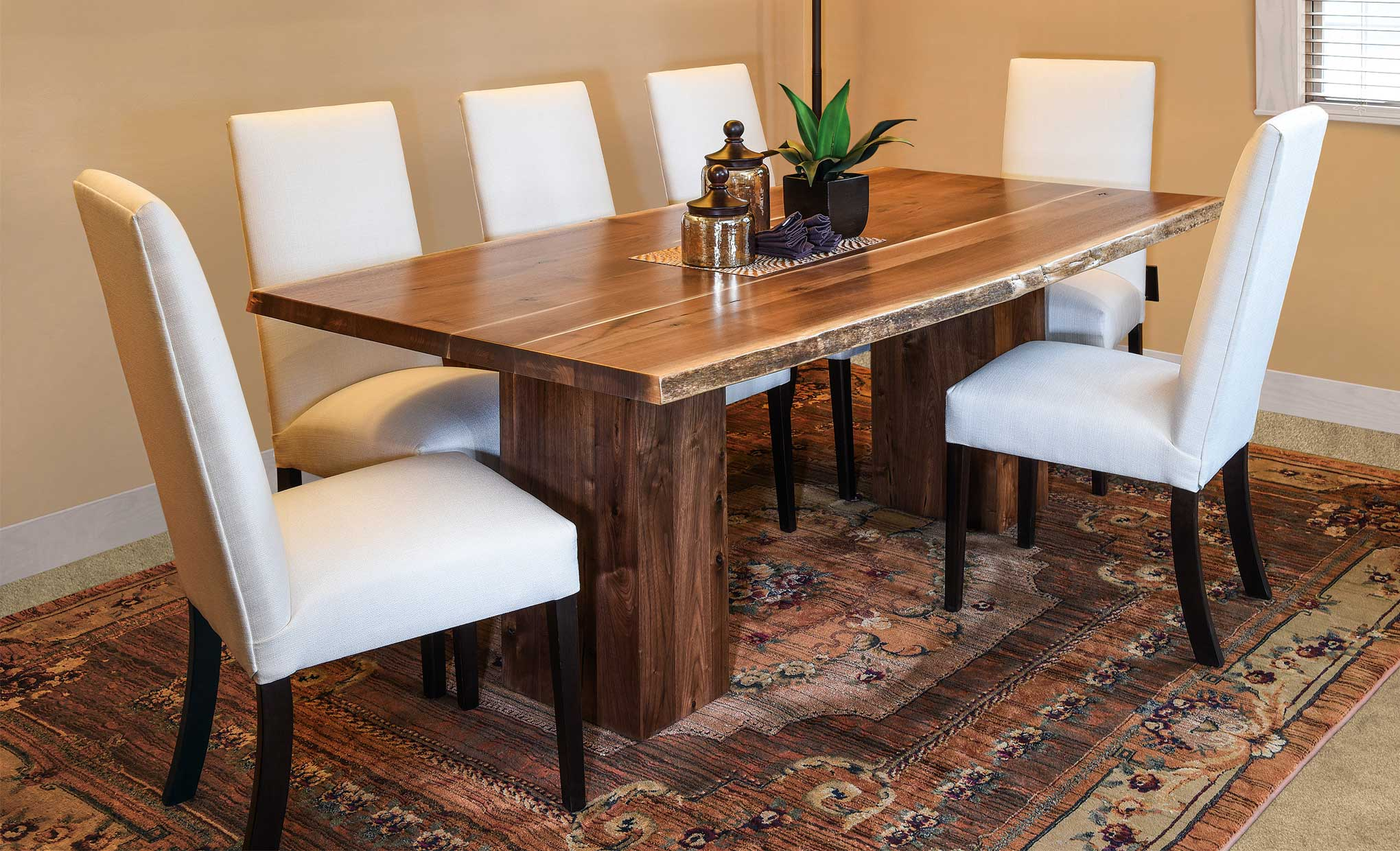 Rio Vista Live Edge Amish Table Set