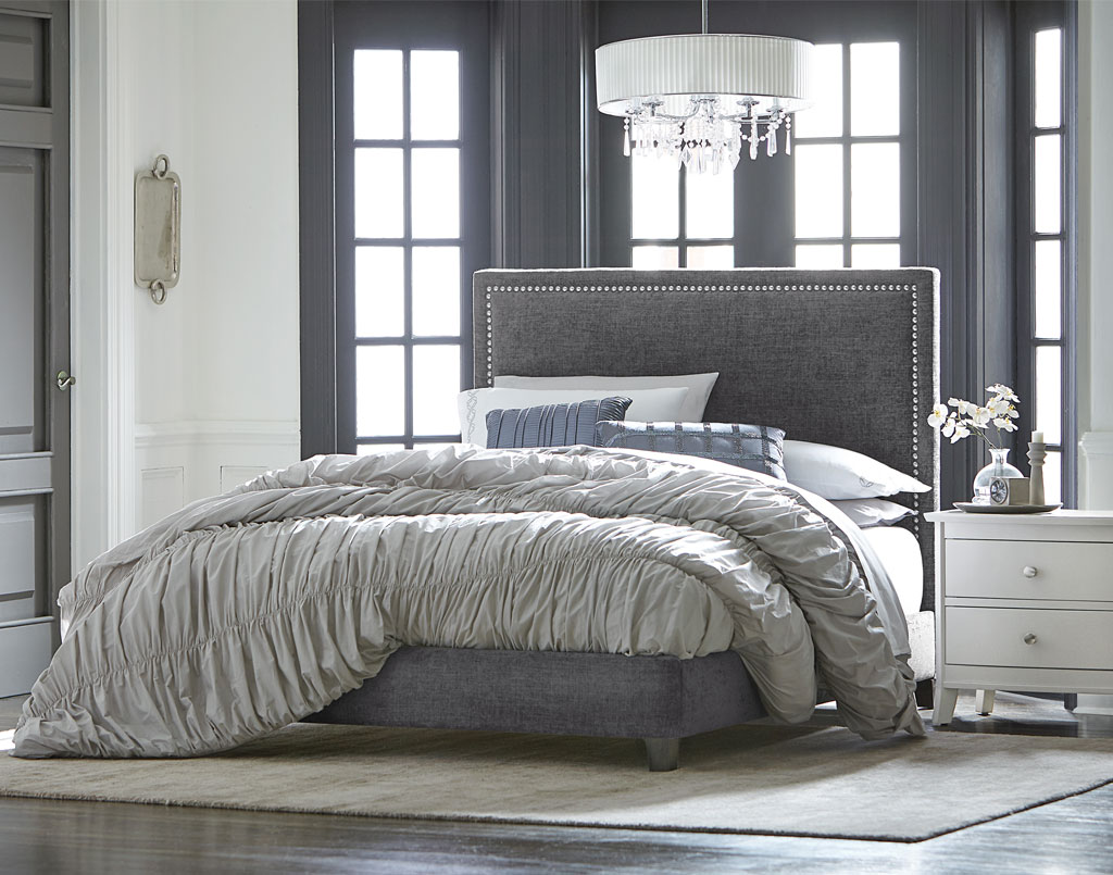 Adessa Amish Fabric Bed