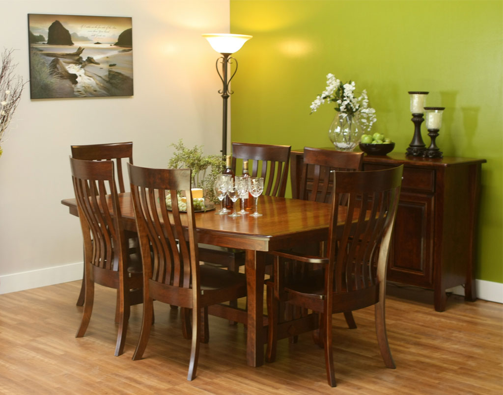Berkley Amish Table Set
