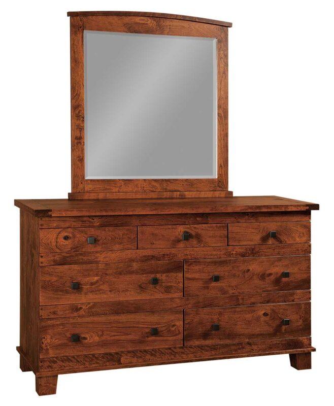 Larado Amish 7 Drawer Dresser