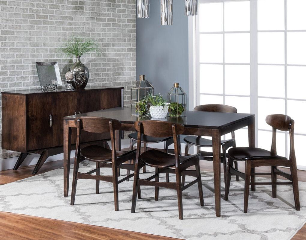 Bedford Hills Amish Table Set