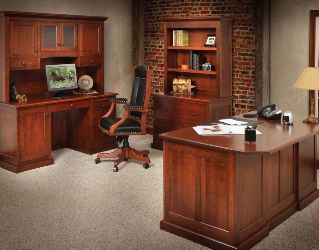 Homestead Amish Office Suite